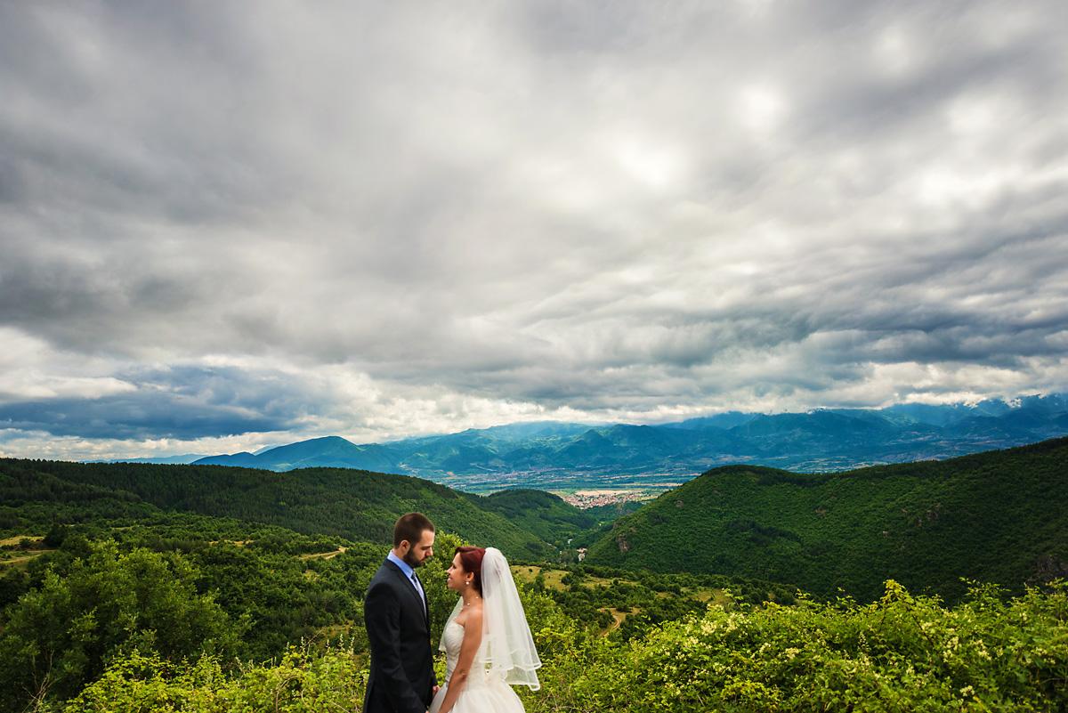 сватбени снимки, сватбен фотограф, сватбена фотография, сватба в Родопите, Огняново, Гърмен, сватба в планината